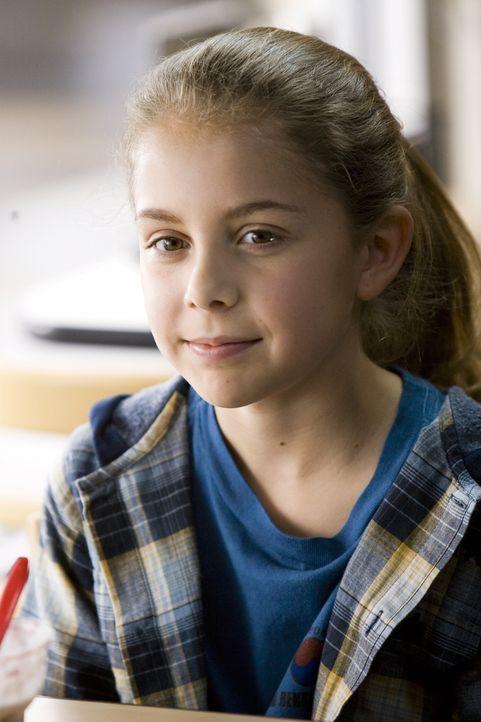 Als ihre Mutter an Krebs erkrankt, beginnt für die kleine Paige (Mackenzie Vega) eine schwere Zeit des Bangens ... - Bildquelle: 2007 Warner Brothers