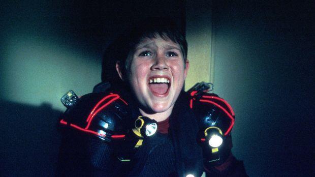 Nach einem schlimmen Kindheitserlebnis fürchtet der kleine Ryan (Jesse James)...