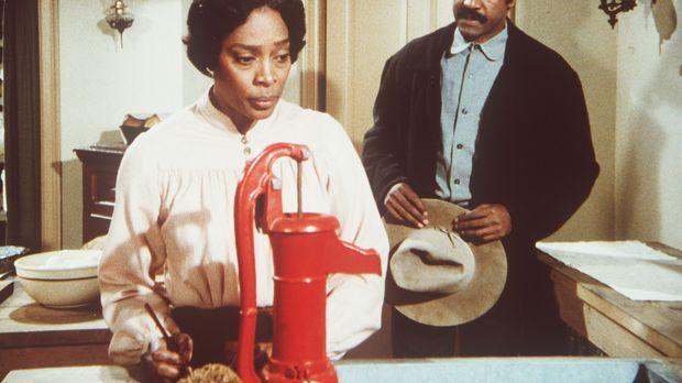Hester-Sue (Ketty Lester, l.) bekommt unverhofft Besuch von ihrem geschiedene...