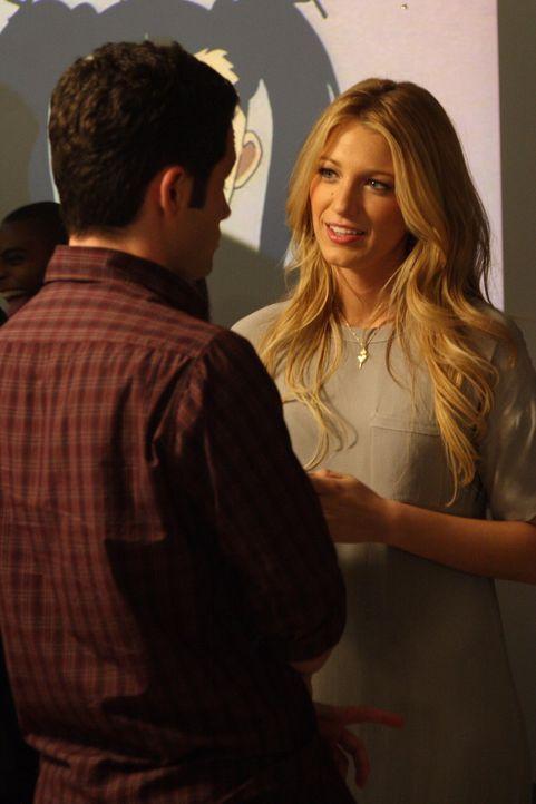 Dan (Penn Badgley, l.) hofft, dass sich Serena (Blake Lively, r.) und Vanessa nach dem Abend auf der Party besser verstehen ... - Bildquelle: Warner Bros. Television