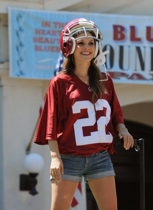 Hart of Dixie: Zoe als Football-Girl - Bildquelle:  Warner Bros. Entertainment Inc.