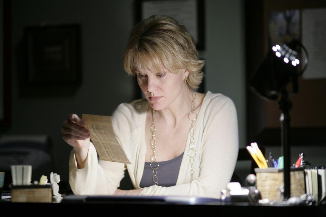 Nicole (Marguerite MacIntyre) bereitet sich auf die Therapiestunde mit Jessie, die eigentlich ein ganz anderes Ziel verfolgt, vor ... - Bildquelle: TOUCHSTONE TELEVISION