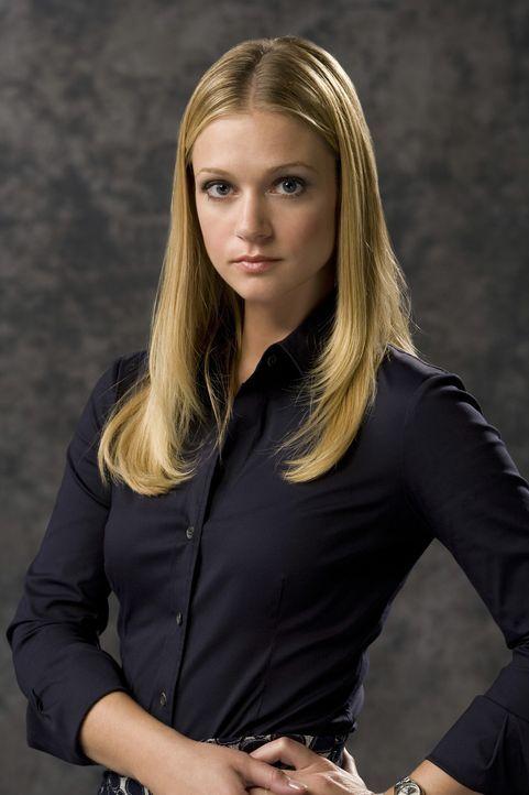 """(5. Staffel) - Mitglied der B.A.U., einer FBI-Einheit, die sich mit verhaltensauffälligen Tätern beschäftigt:  Jennifer """"J.J."""" Jareau (A.J. Cook) ..... - Bildquelle: Touchstone Television"""
