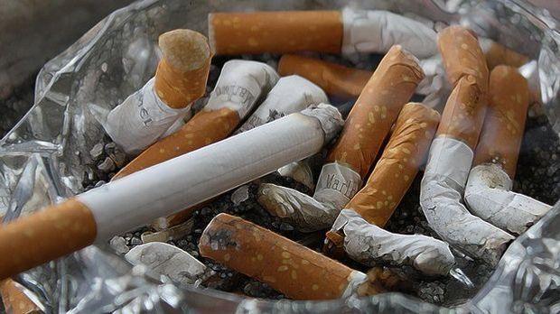 Zigaretten_Aschenbecher