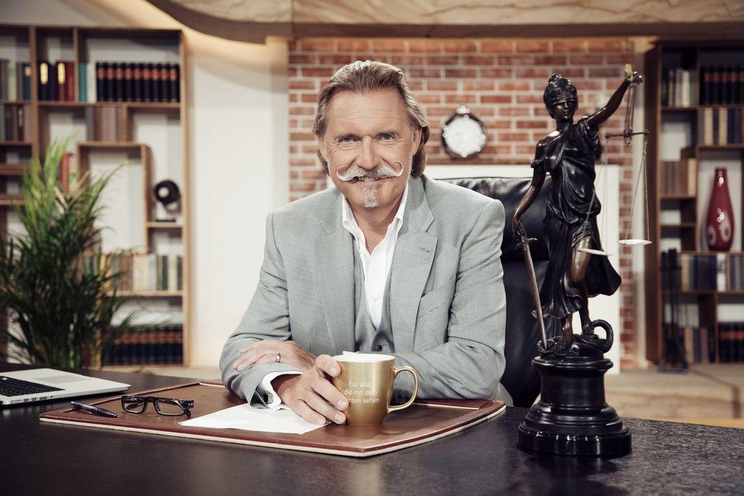 Klärt die Rechtsfragen des Zuschauers: Ingo Lenßen ... - Bildquelle: Benedikt Müller SAT.1 Gold/Benedikt Müller
