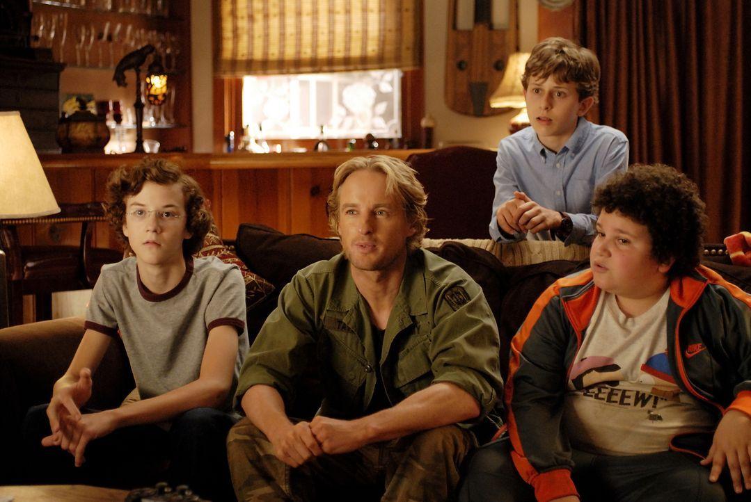 Der eine spindeldürr (Nate Hartley, l.), der andere etwas übergewichtig (Troy Gentile, r.) und der dritte etwas klein geraten (David Dorfman, 2.v.r.... - Bildquelle: 2007 Paramount Pictures