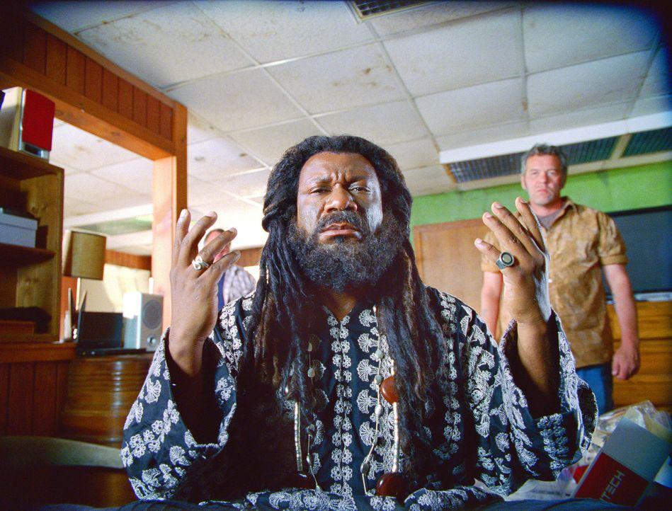 Der Prophet (Ving Rhames) ist der derjenige, für den ihn seine Gefolgschaft hält ... - Bildquelle: Stephen Vaughan Touchstone Pictures.  All Rights Reserved