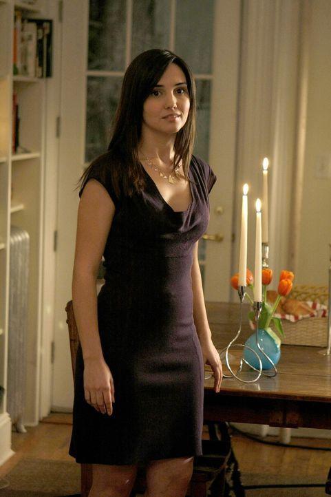 Ein Gerücht, das von Blair in die Welt gesetzt wurde, bringt ihr Leben durcheinander: Miss Carr (Laura Breckenridge) ... - Bildquelle: Warner Brothers