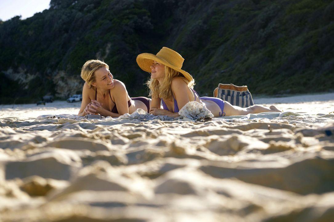 Lil (Naomi Watts, l.) und Roz (Robin Wright, r.) sind beste Freundinnen. Sie heiraten zur gleichen Zeit, bekommen zur gleichen Zeit Söhne und können... - Bildquelle: 2013 Concorde Filmverleih GmbH