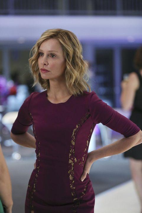 Cat (Calista Flockhart) plant ein exklusives Feature über Supergirl zu veröffentlichen, was Kara gar nicht zusagt ... - Bildquelle: 2015 Warner Bros. Entertainment, Inc.