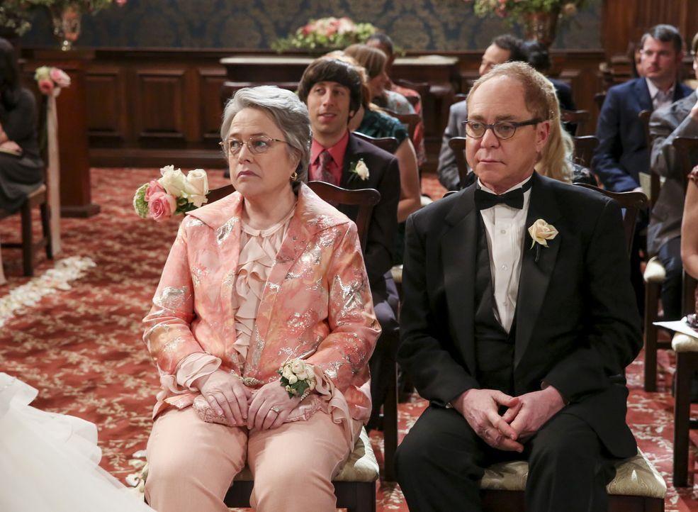 Mrs. (Kathy Bates, l.) und Mr. Fowler (Teller, r.) sorgen für einige Aufregungen bei der Hochzeit ihrer Tochter Amy ... - Bildquelle: Warner Bros. Television