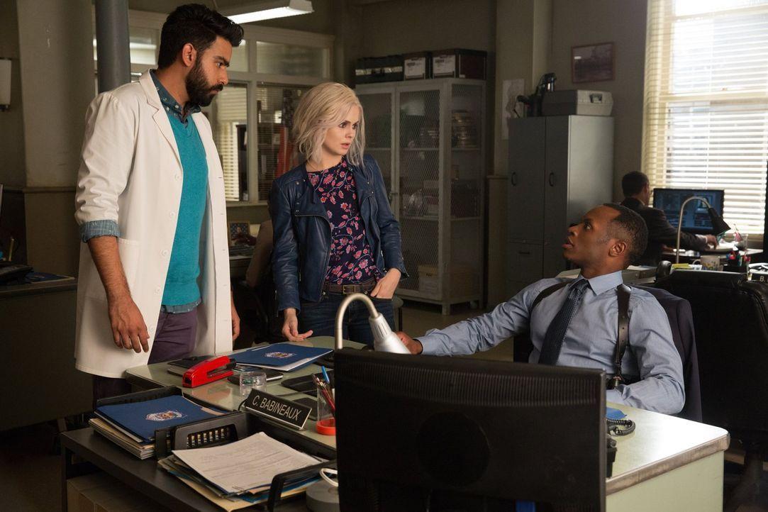 Ihr neuster Fall ist nicht so, wie er zunächst erscheint: Ravi (Rahul Kohli, l.), Liv (Rose McIver, M.) und Clive (Malcolm Goodwin, r.) ... - Bildquelle: 2017 Warner Brothers