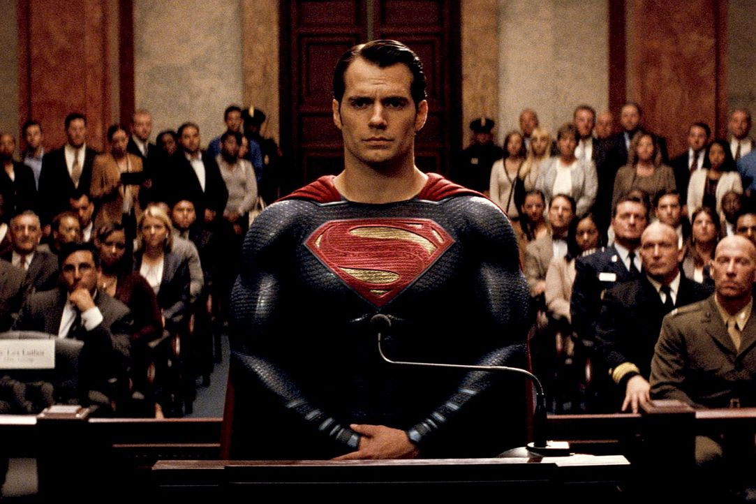 Batman-vs-Superman-DOJ-03-Warner - Bildquelle: 2015 Warner Bros. Entertainment Inc., Ratpac-Dune Entertainment LLC and Ratpac Entertainment, LLC