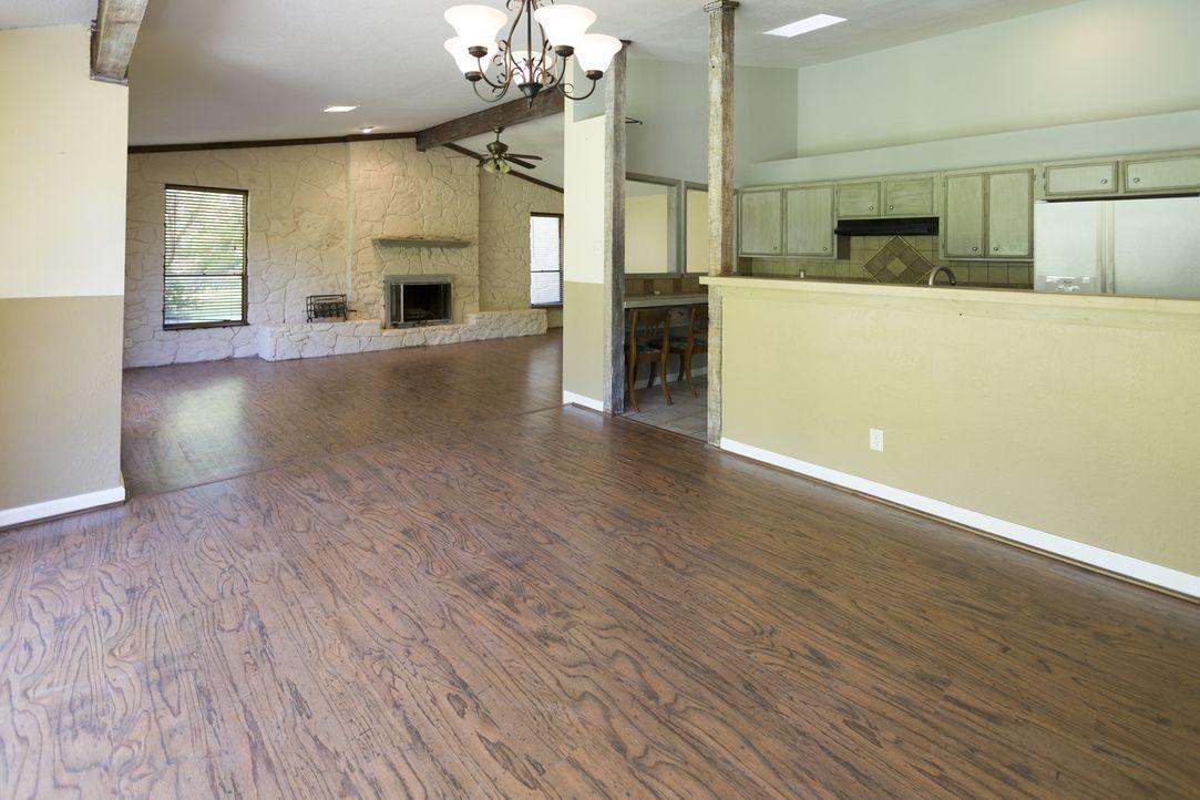 Die Wohnküche möchte Joanna offener gestalten, damit ihre Nichten und Neffen genügend Platz haben und daraus ein gemütliches Familienzimmer wird. - Bildquelle: 2017, Scripps Networks, LLC. All Rights Reserved.
