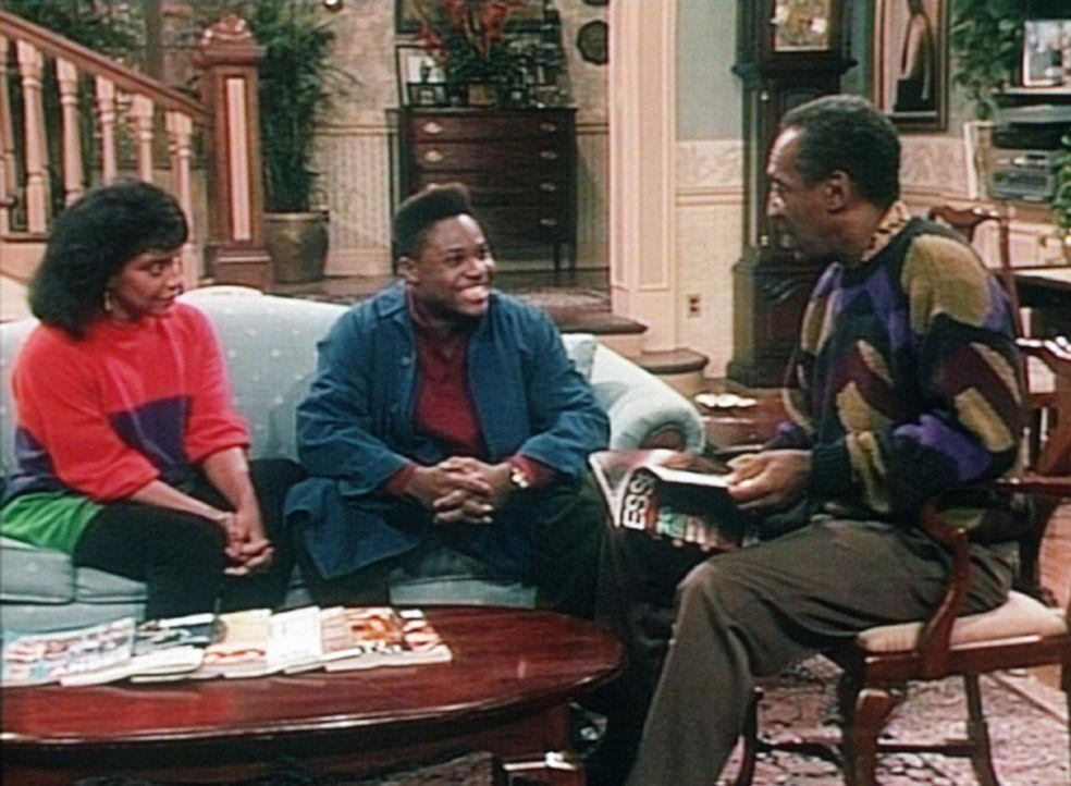 Theo (Malcolm-Jamal Warner, M.) bringt seinen Eltern Clair (Phylicia Rashad, l.) und Cliff (Bill Cosby) gute Nachrichten: Die regelmäßigen Kurse g... - Bildquelle: Viacom