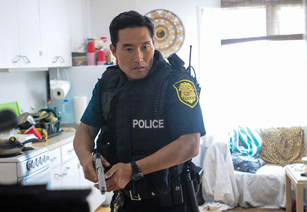 Die Abteilung für Interne Angelegenheiten befragt Chin (Daniel Dae Kim) bezüglich, dem Mord an seinem Vater vor über 15 Jahren ... - Bildquelle: 2013 CBS BROADCASTING INC. All Rights Reserved.