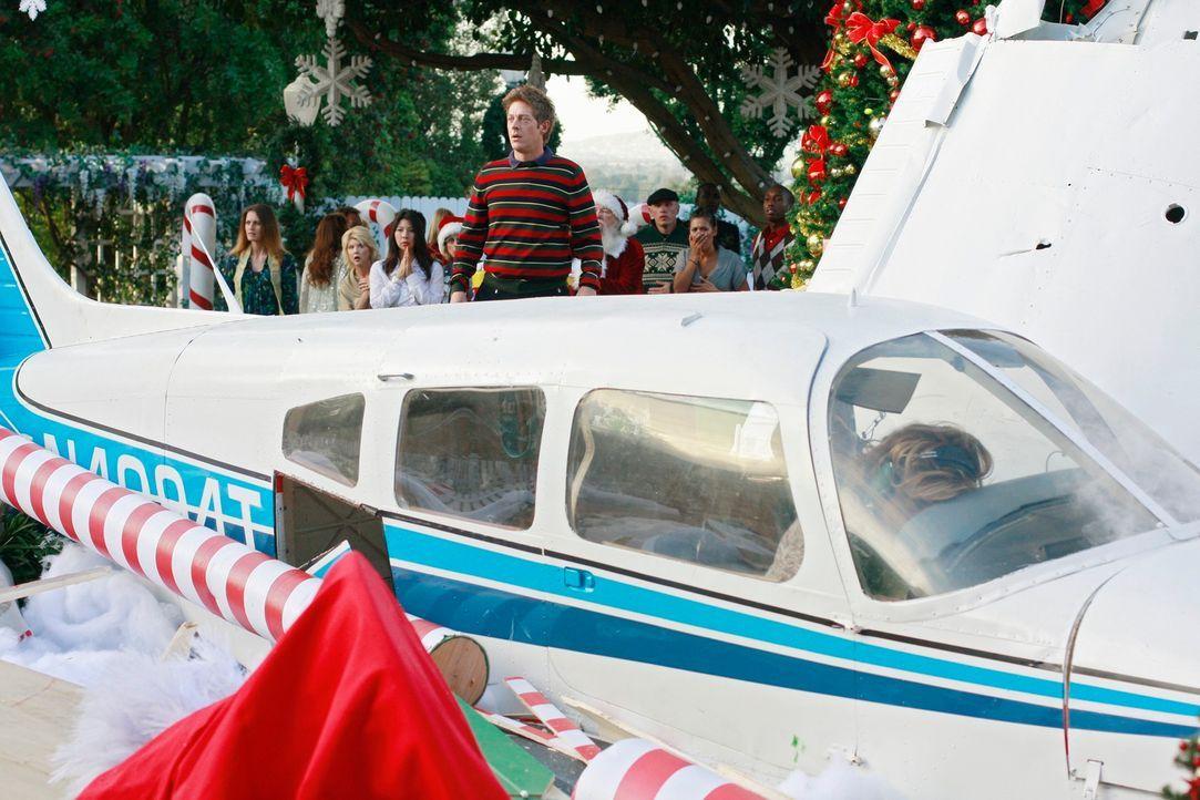 Das Ende eines glücklichen Weihnachtsfestes: Lee (Kevin Rahm) ... - Bildquelle: ABC Studios