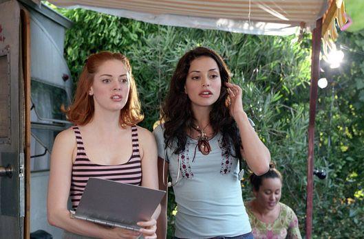 Charmed - Zauberhafte Hexen - Wird Paige (Rose McGowan, l.) Lydias Nichte Eva...