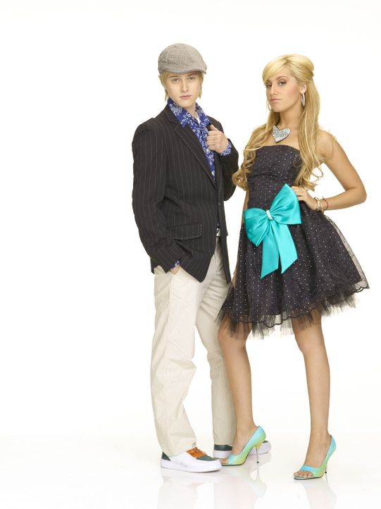 Sharpay (Ashley Tisdale, r.) und Ryan (Lucas Grabeel, l.) haben es faustdick hinter den Ohren ... - Bildquelle: Buena Vista International Television