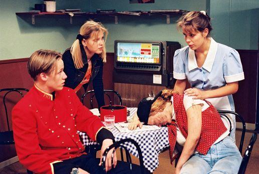 Park Hotel Stern - Als ein ziemlich verschmutztes Mädchen (Patricia Lueger, 2...