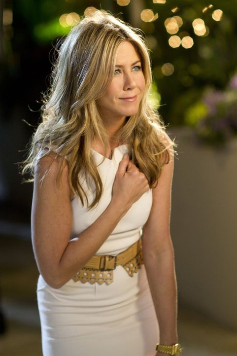 Um Palmer für sich zu gewinnen, überredet der erfolgreiche Schönheitschirurg Danny Maccabee seine Assistentin Katherine (Jennifer Aniston), sich... - Bildquelle: 2011 Columbia Pictures Industries, Inc. All Rights Reserved.