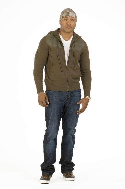 (1. Staffel) - Special Agent Sam Hanna (LL Cool J) ist ein ehemaliger Kampftaucher, der im Irak stationiert war und als Spezialist für Überwachungen... - Bildquelle: CBS Studios Inc. All Rights Reserved.