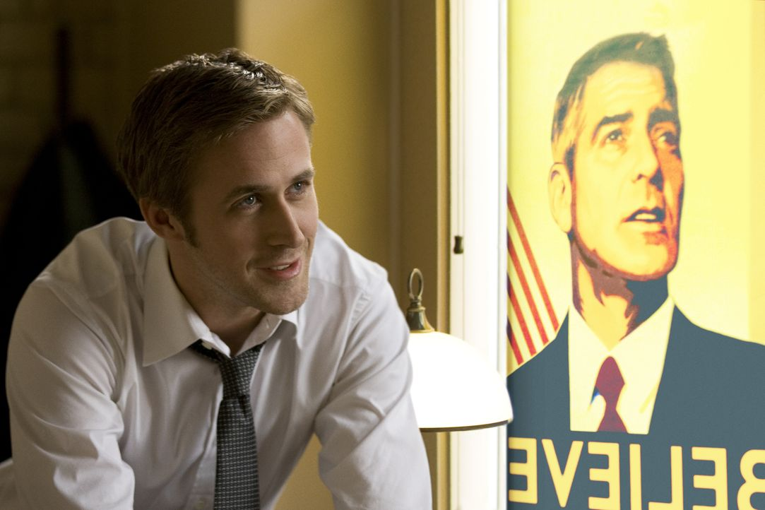 Obwohl noch sehr jung, gilt Stephen Myers (Ryan Gosling), Berater der demokratischen Präsidentschaftshoffnung Mike Morris, in eingeweihten Kreisen a... - Bildquelle: Saeed Adyani 2011 IDES FILM HOLDINGS, LLC. ALL RIGHTS RESERVED.
