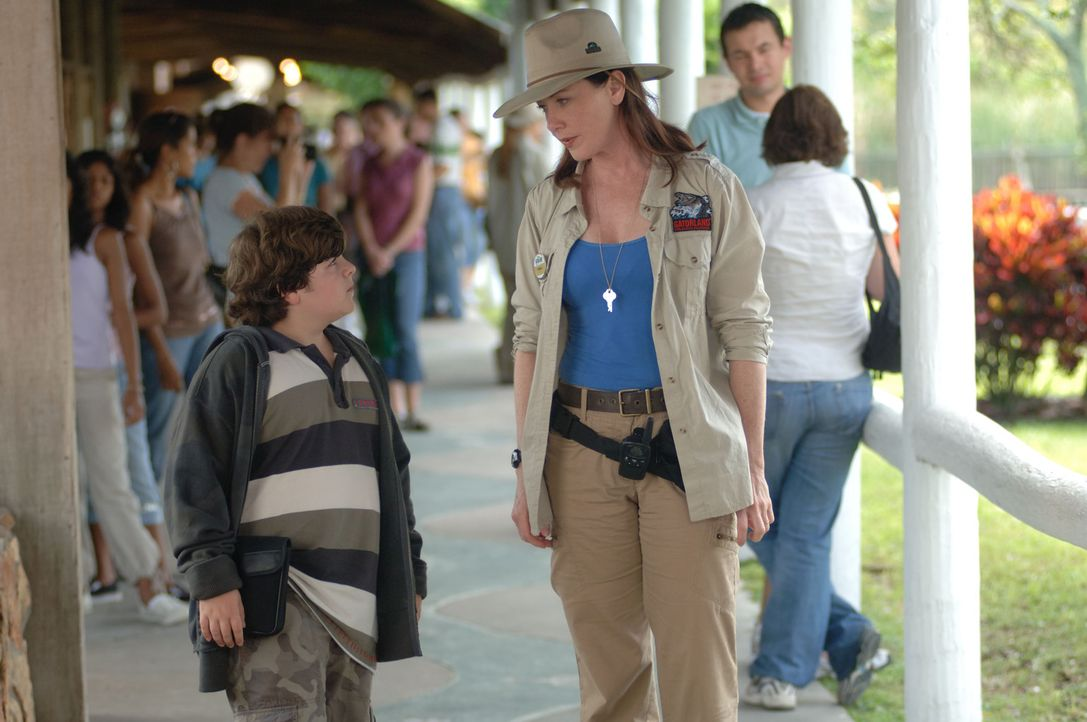 Nachdem ihr Freund und Vater ihres Sohnes dem Ruf der Wildnis gefolgt ist, arbeitet Melissa Ventura (Ann Cusack, r.) in einem Zoo. Als dort ein Pand...