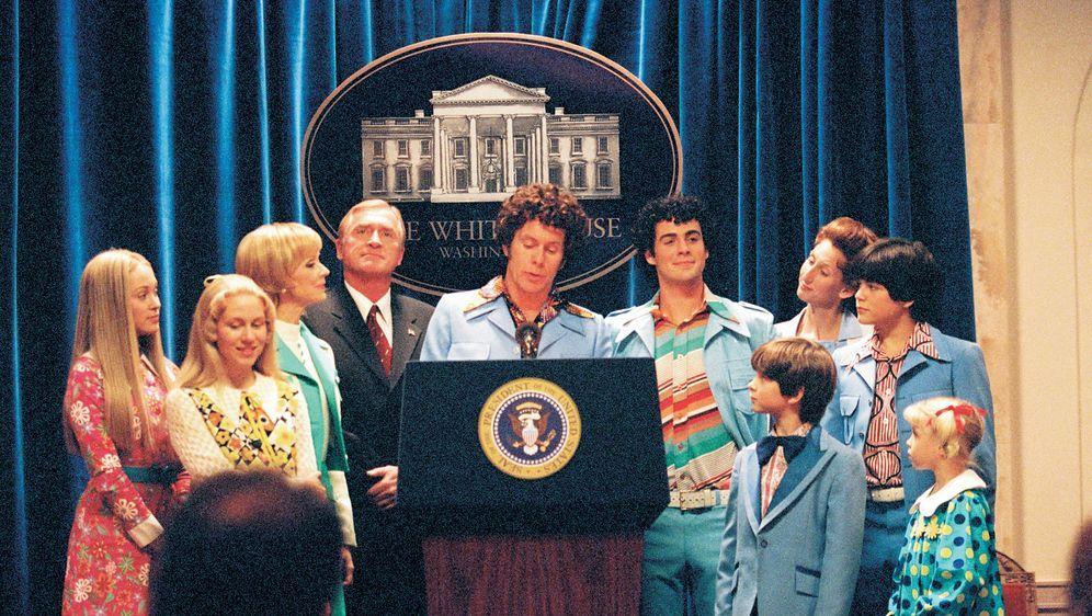 Die Brady Family im Weißen Haus - Bildquelle: TM &   2002 by Paramount Pictures. All Rights Reserved.