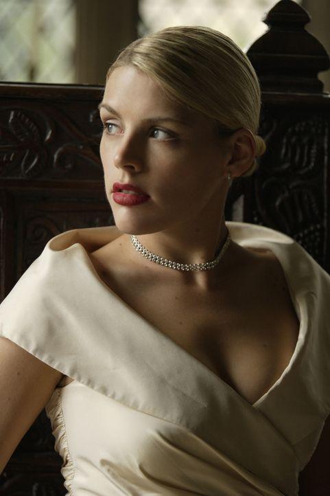 In der Nacht vor der Hochzeit möchte sie eine alte Affäre noch mal aufleben lassen: Melissa (Busy Philipps), eine ehemalige Gespielin von Tom ... - Bildquelle: 2008 Columbia Pictures Industries, Inc. and Beverly Blvd LLC. All Rights Reserved.