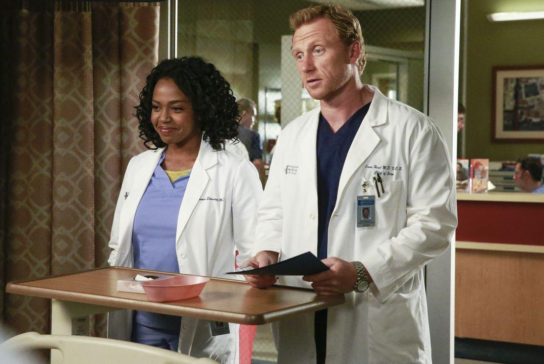 Als ein Kleinflugzeug abgestürzt ist, müssen Owen (Kevin McKidd, r.) und Stephanie (Jerrika Hinton, l.) alles versuchen, um ihre Patienten zu retten... - Bildquelle: ABC Studios