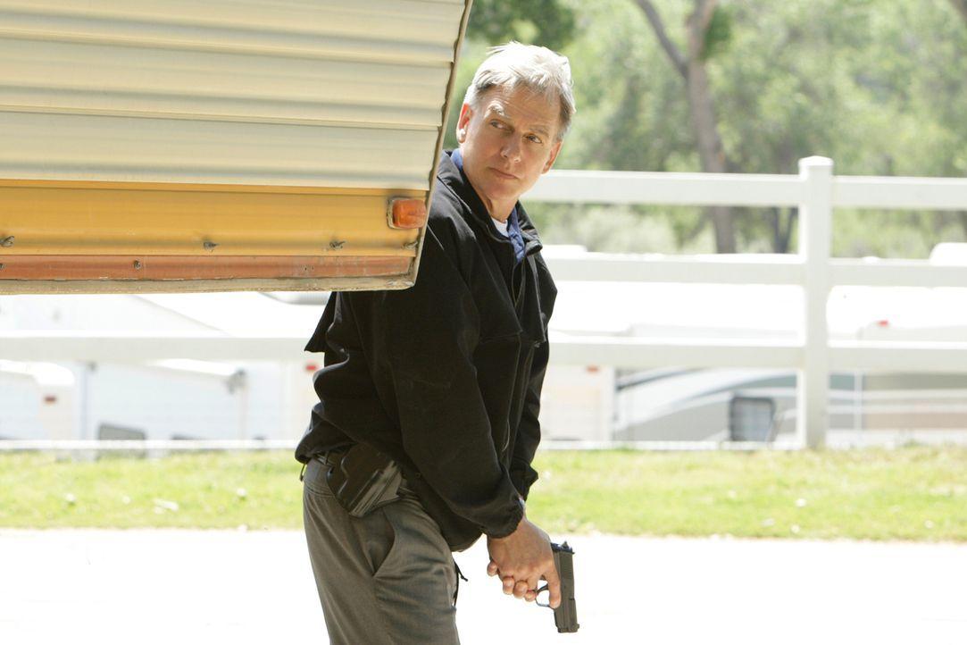 Jimmy wird von einem Unbekannten gejagt, der nur ein Ziel hat - ihn zu töten. Gibbs (Mark Harmon) und das restliche Team, geben ihr Bestes, um Jimmy... - Bildquelle: CBS Television