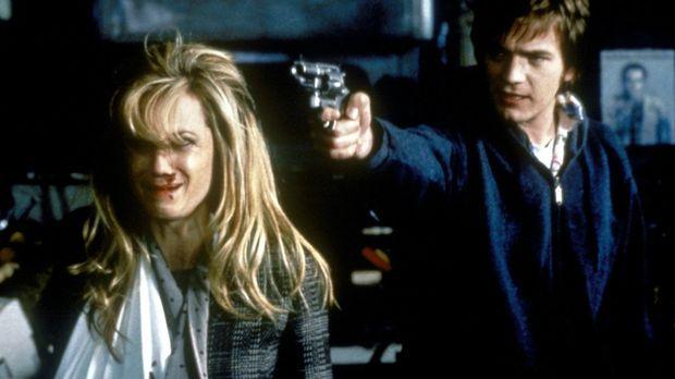 Als der Raumpfleger Robert (Ewan McGregor, r.) entlassen werden soll, kidnapp...