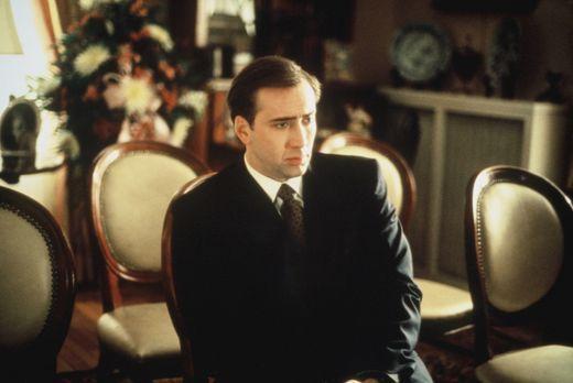 Tess und ihr Bodyguard - FBI-Agent Doug Chesnic (Nicolas Cage) erfährt, dass...