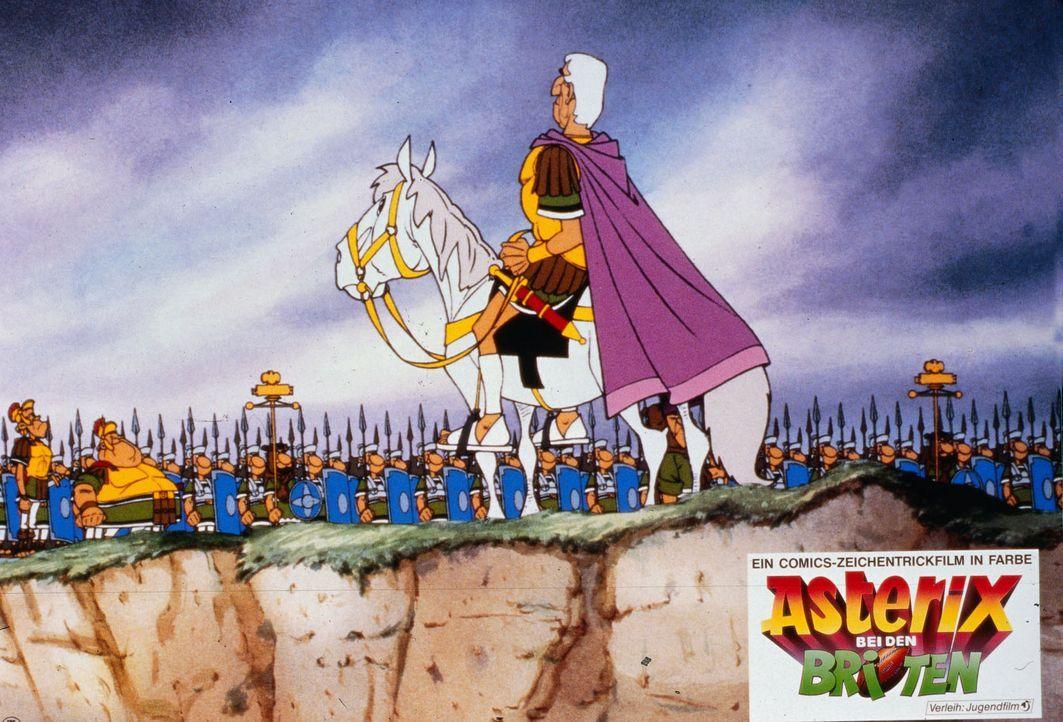 In voller Kampfstärke tritt eine römische Legion in Britannien vor ihren erfolgsverwöhnten Führer Julius Cäsar (vorne). Sie wissen noch nicht,... - Bildquelle: Jugendfilm-Verleih GmbH