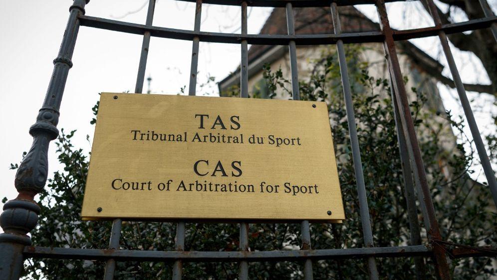 22 gesperrte Russen ziehen vor den Sportgerichtshof CAS - Bildquelle: AFPSIDFABRICE COFFRINI