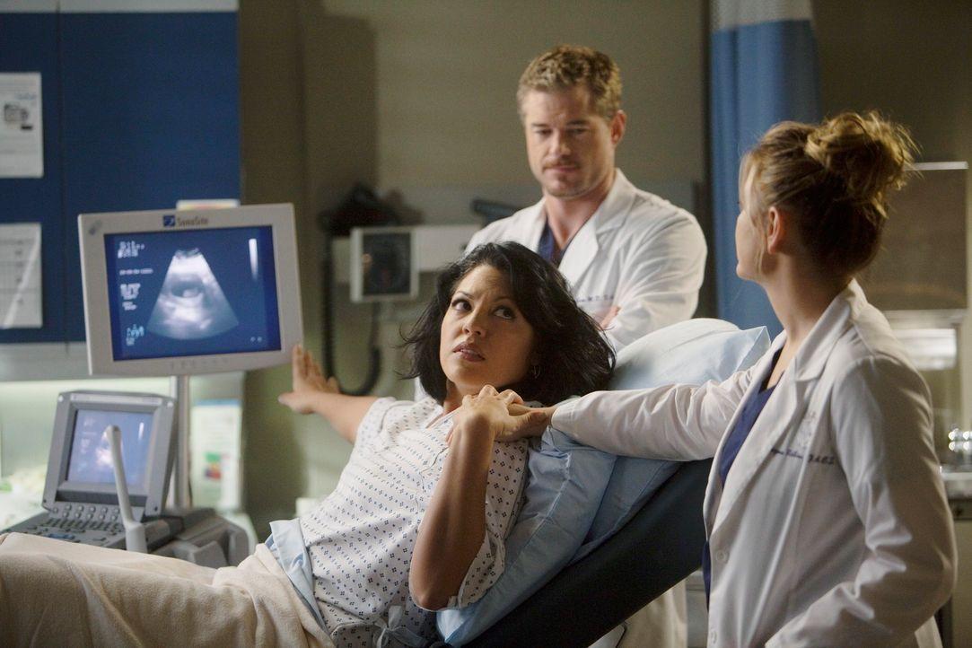 Wollen die schwierige Situation gemeinsam meistern: Callie (Sara Ramirez, l.), Mark (Eric Dane, M.) und Arizona (Jessica Capshaw, r.) ... - Bildquelle: ABC Studios