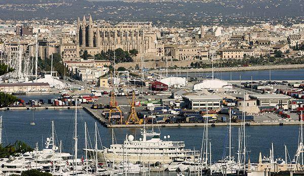 Der Hafen von Palma - Bildquelle: dpa