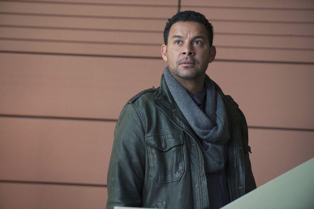 Ermittelt gemeinsam mit Beckett in einem neuen Mordfall: Esposito (Jon Huertas) ... - Bildquelle: ABC Studios