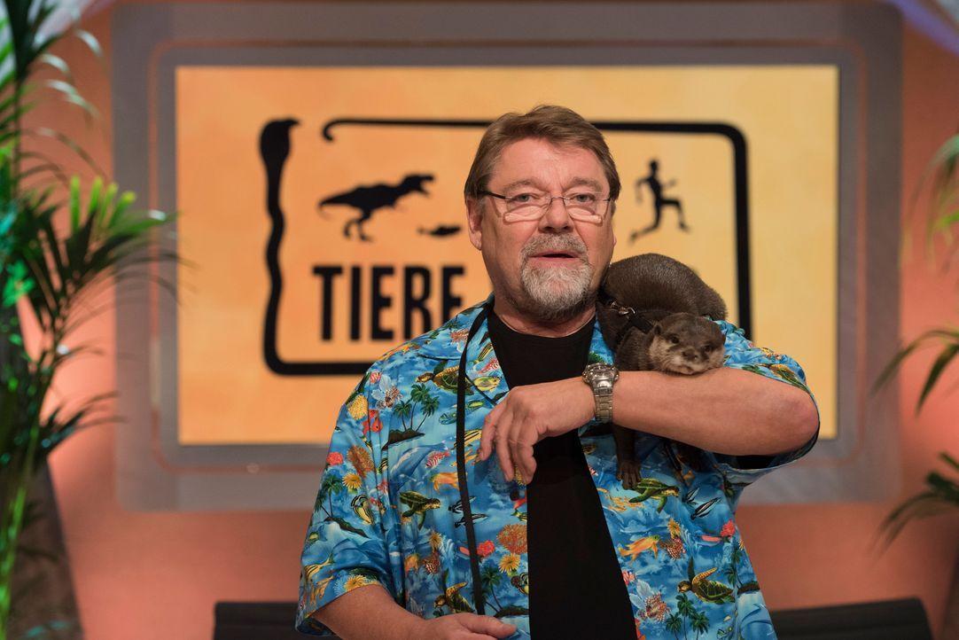 TWW Jürgen von der Lippe mit Otter - Bildquelle: Martin Rottenkolber