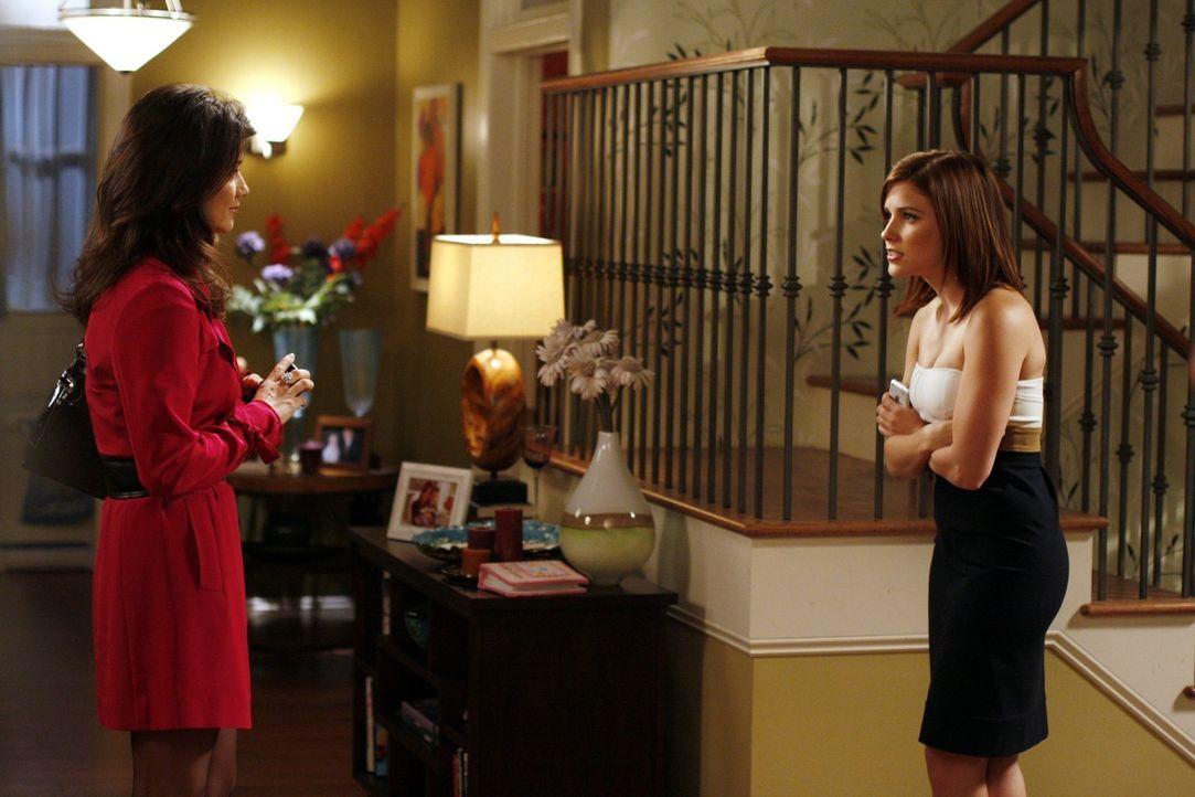 Brooke (Sophia Bush, r.) hat mal wieder Ärger mit ihrer Mutter Victoria (Daphne Zuniga, l.) ... - Bildquelle: Warner Bros. Pictures