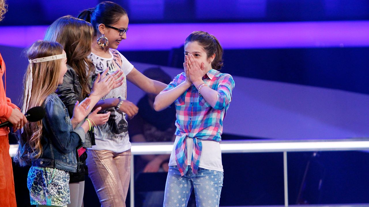 The-Voice-Kids-epi05-MicheleMairaFabienneStephanie-4-SAT1-Richard-Huebner - Bildquelle: SAT.1/Richard Hübner