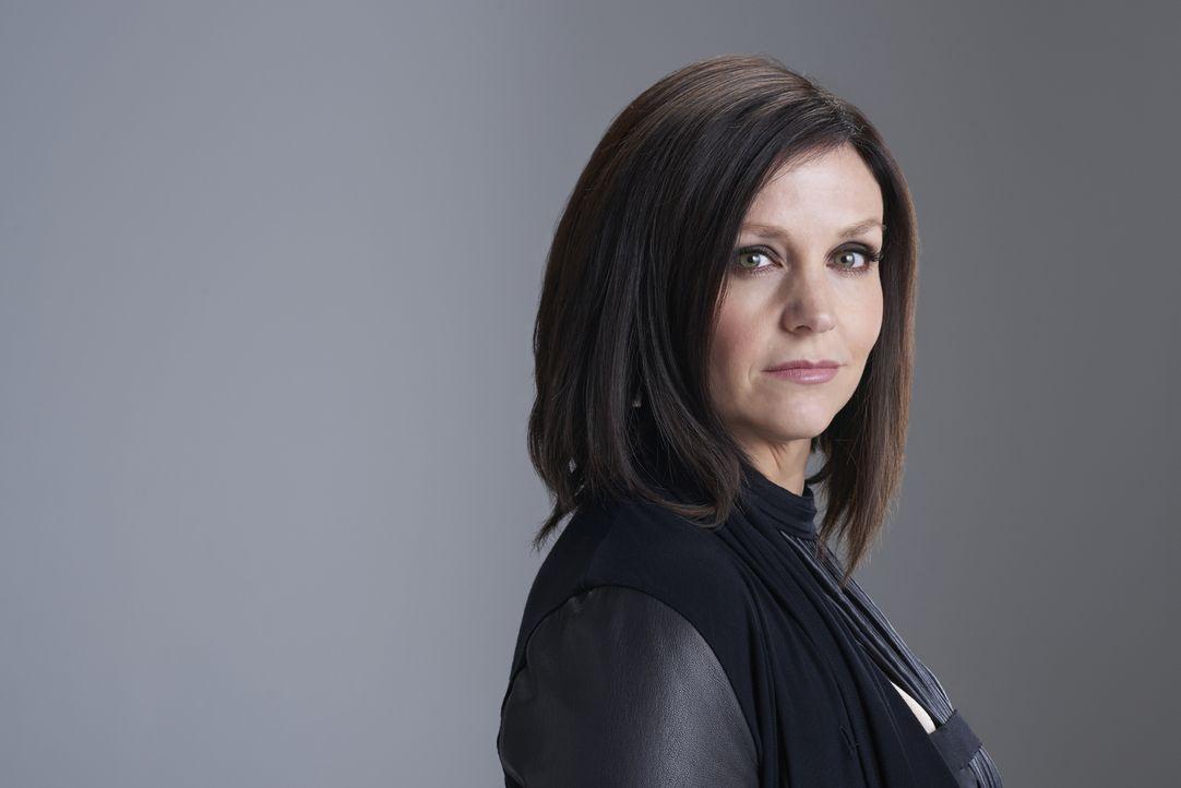 (2. Staffel) - Die ruhige und sehr besonnene Ruth Winterbourne (Tammy Isbell) ist die Anführerin eines mächtigen Hexenzirkels ... - Bildquelle: 2015 She-Wolf Season 2 Productions Inc.
