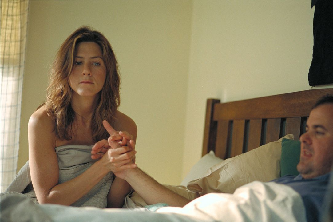 Olivia (Jennifer Aniston, l.) ist der Meinung, dass etwas in ihrem Leben geändert werden muss. Und wo fängt man das Ändern an? Richtig, beim Mann... - Bildquelle: 2006 Sony Pictures Classics Inc. for the Universe excluding Australia/NZ and Scandinavia (but including Iceland). All Rights Reserved.