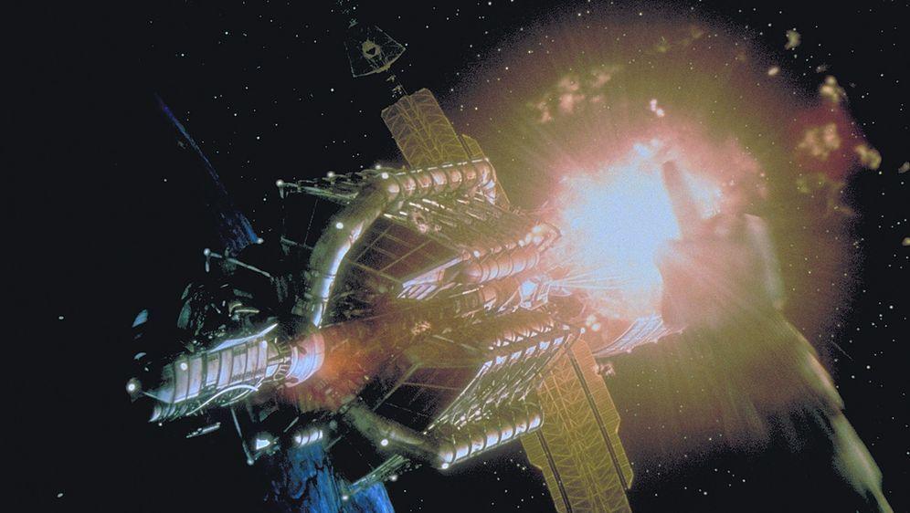 Supernova - Bildquelle: Metro-Goldwyn-Mayer
