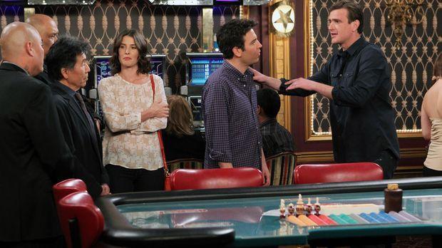 Planen einen legendären Junggesellenabschied für Barney: Robin (Cobie Smulder...