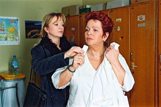 Für alle Fälle Stefanie - Schwester Elke (Ulrike Mai, l.) versucht die Enttäu...