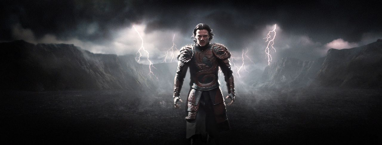 Dracula-Untold-11-Universal-Pictures