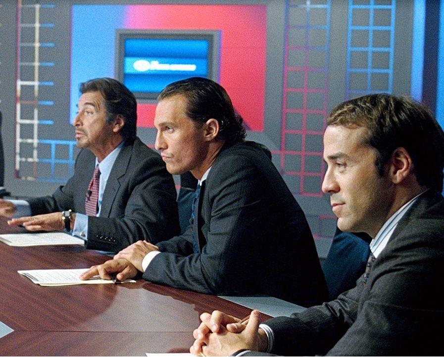 Nach kurzer Zeit scheffeln Brendon (Matthew McConaughey, M.) und Walter (Al Pacino, l.) Millionen und Abermillionen. Doch mit dem vielen Geld treten... - Bildquelle: Morgan Creek Productions