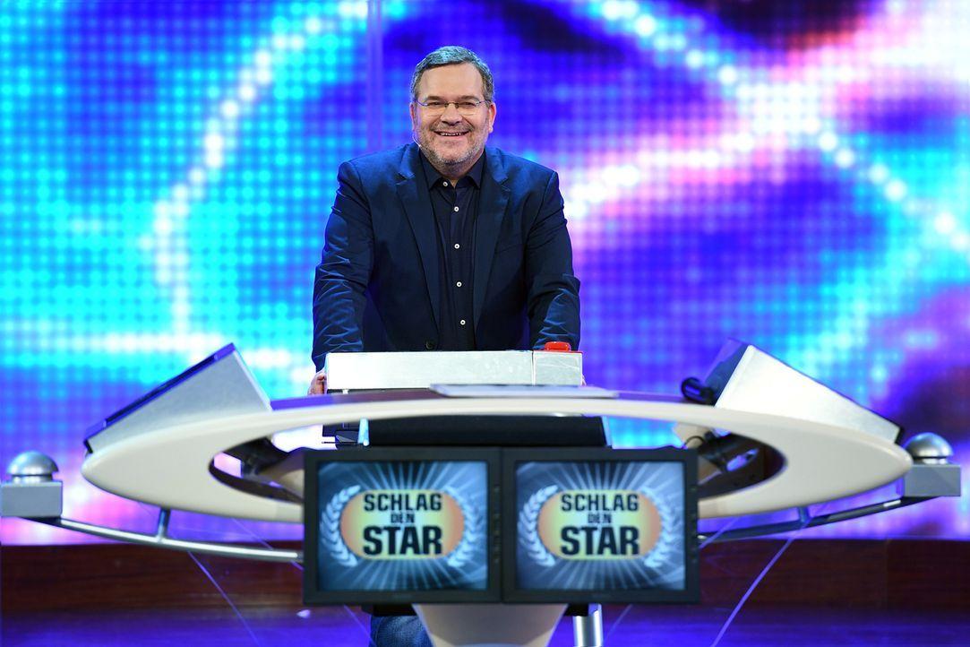 """Gastgeber von """"Schlag den Star"""": Elton ... - Bildquelle: Willi Weber ProSieben"""